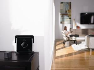 saugroboter der feucht durchwischt im vergleich irobot braava 380. Black Bedroom Furniture Sets. Home Design Ideas